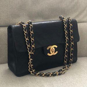 Chanel Vintage Jumbo Classic Bag